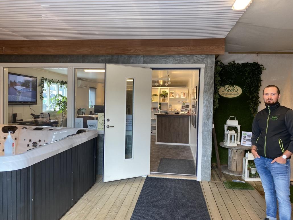 Butik & utställning Falk´s trädgårdsmiljö i Tanumshede