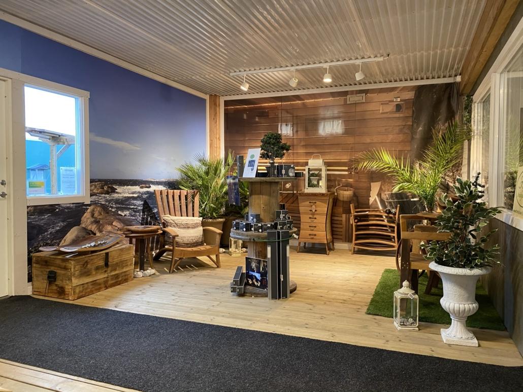 Butik och utställning. Falk´s trädgårdsmiljö i Tanumshede